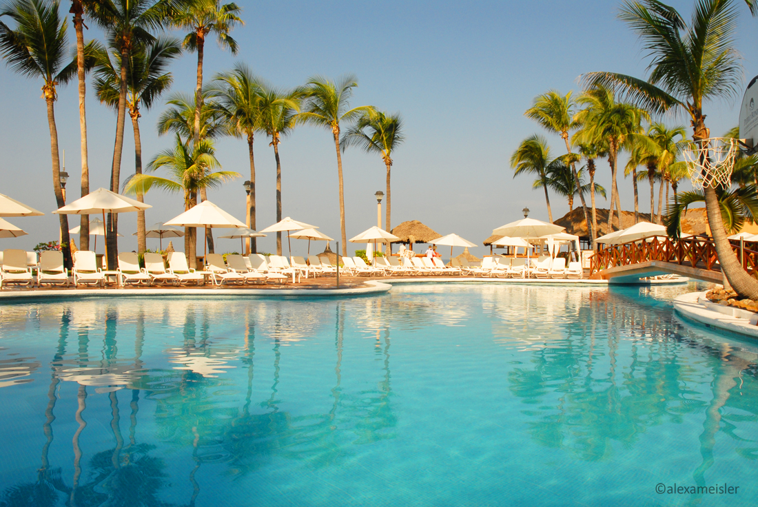 pueblo bonito hotel pool in mazatlan, mexico