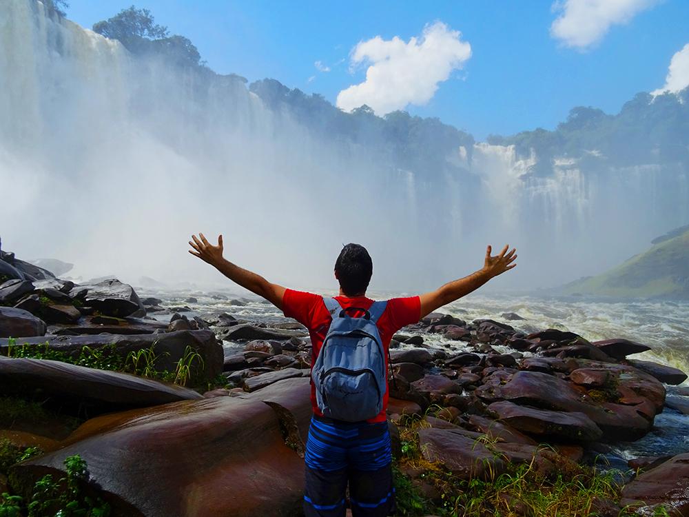 Jorge in Kalandula Falls
