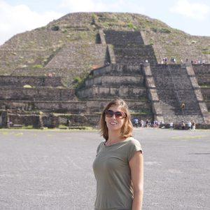 travel blogger Kristin Montgomery